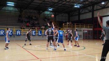 https://www.basketmarche.it/resizer/resize.php?url=https://www.basketmarche.it/immagini_campionati/28-10-2018/1540725013-435-.jpeg&size=355x200c0