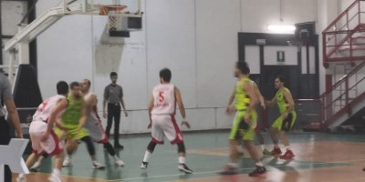https://www.basketmarche.it/resizer/resize.php?url=https://www.basketmarche.it/immagini_campionati/28-11-2018/1543442322-49-.jpeg&size=400x200c0