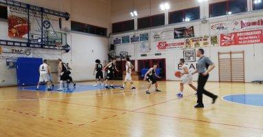 https://www.basketmarche.it/resizer/resize.php?url=https://www.basketmarche.it/immagini_campionati/29-03-2019/1553898826-147-.jpeg&size=382x200c0